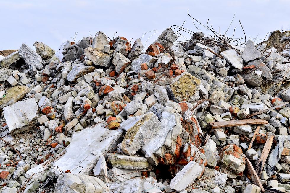Constructin waste