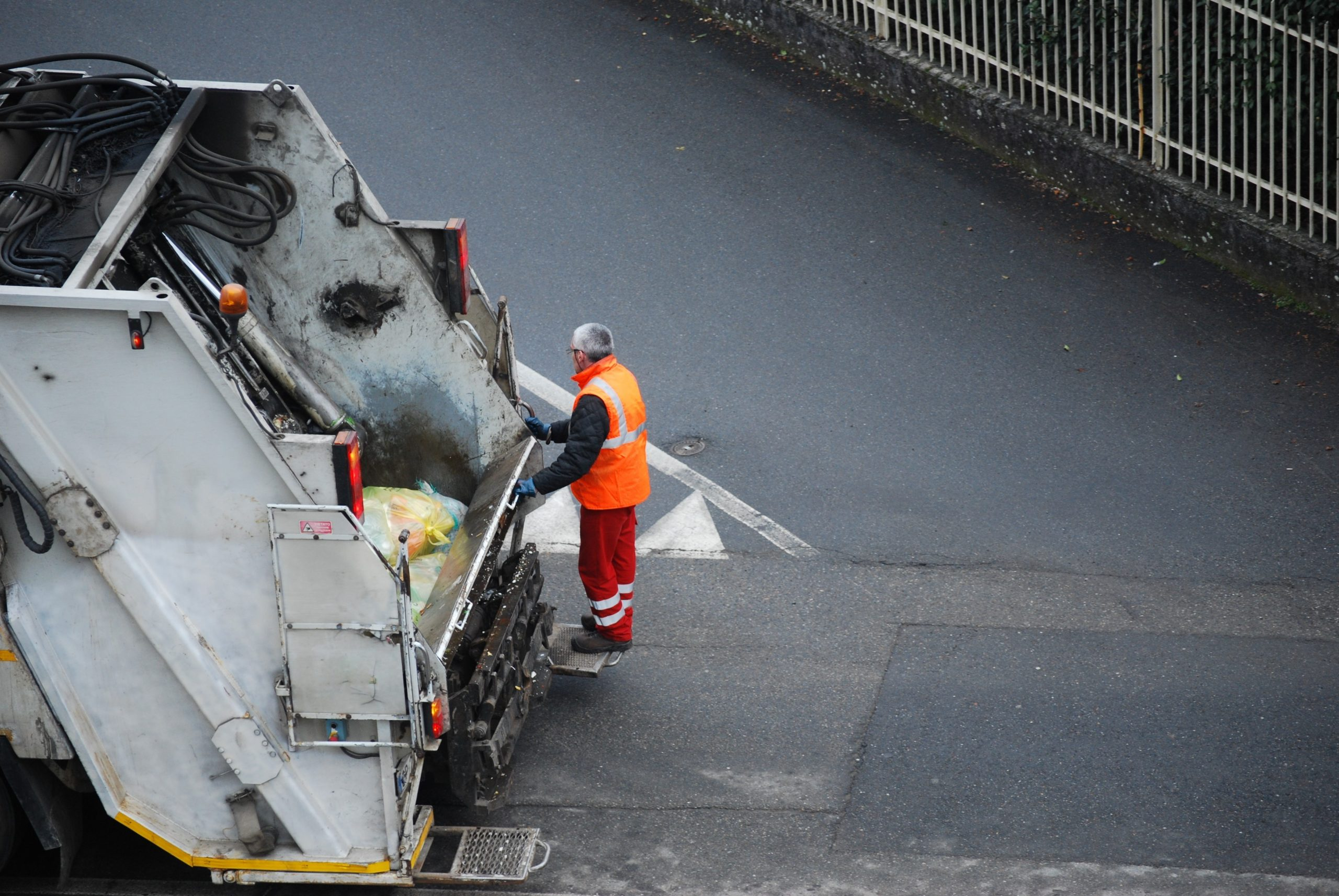 Garbage,Truck,,Worker,Man,Collecting,Plastic,,Industrial,Vehicle